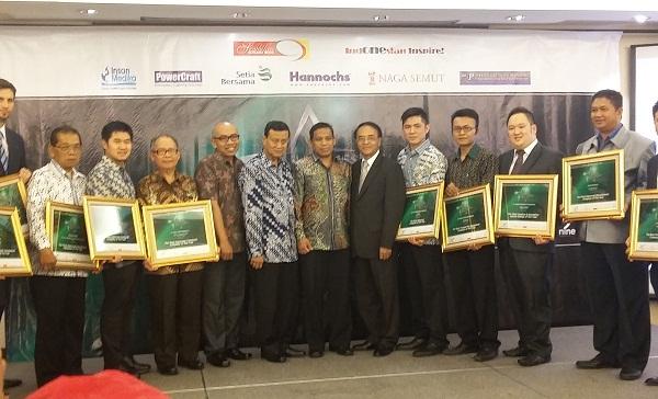 Piagam Penghargaan Perusahaan Pemadam Terbaik